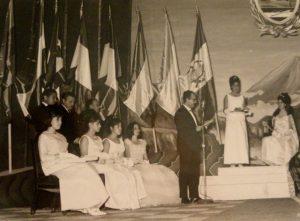 FOTO Rafael Guillén1 Entrega del Premio Internacional Hispanocentroamericano. Guatemala, 1965.